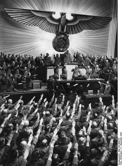 Heil_Hitler_001